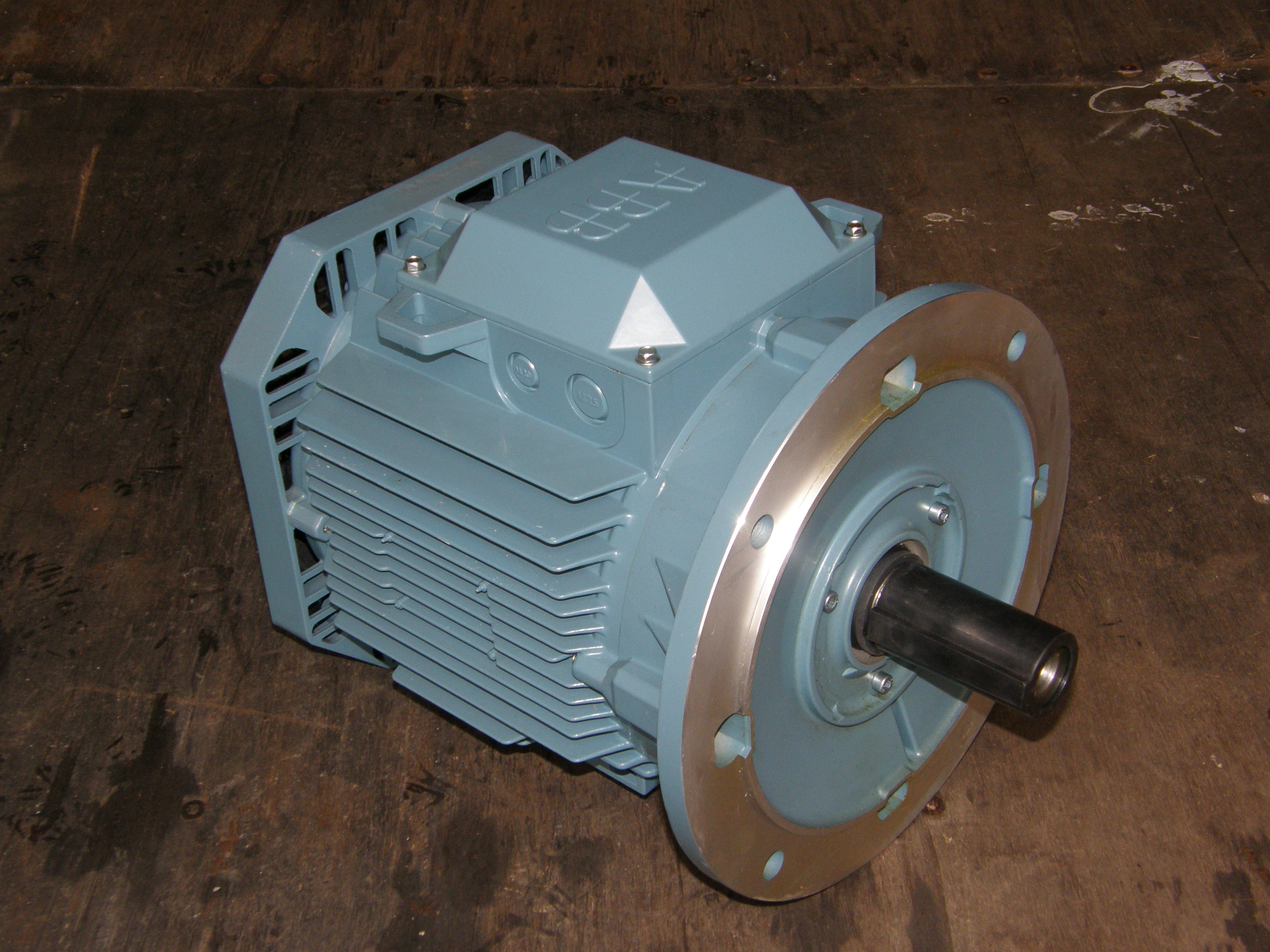 5 5kw Abb Electric Motor 2800rpm 3 Phase 4 Pole 7 5hp Ie2