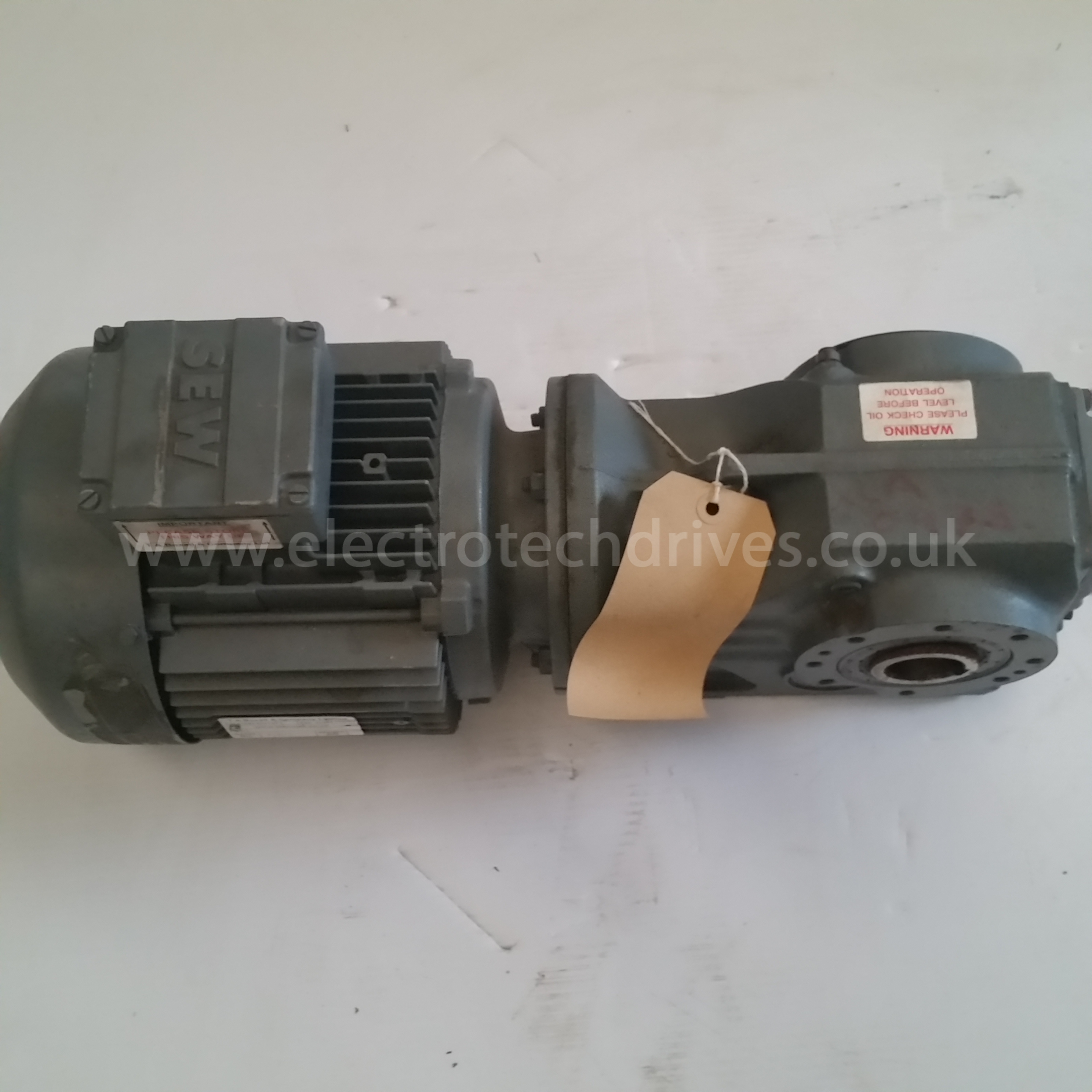 Sew eurodrive geared motor ka47 t dt90s4 35mm bore with 1 for Sew motors and drives